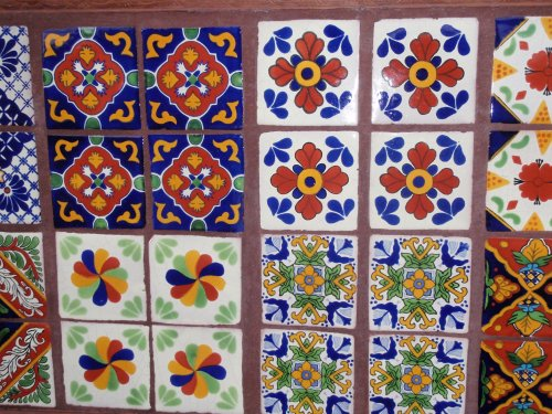 Mexican tiles talavera terra cotta saltillo tiles for Azulejo de talavera mexico
